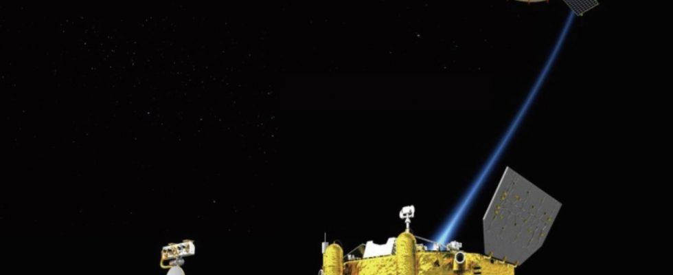 китайский спутник-ретранслятор