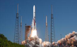 Atlas 5 с двигателями РД-180