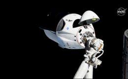 Стыковка корабля Crew Dragon от SpaceXс МКС