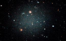 галактика NGC1052-DF2