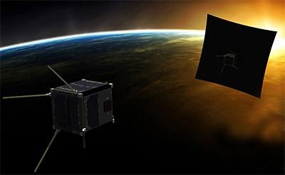Иллюстрация спутников Pumbaa и Timon за процессом съёмки солнечной короны.